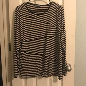 Cute Vince Camuto Top